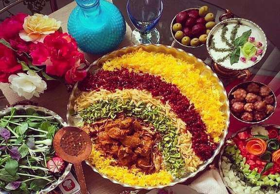 غذا با مرغ ریش ریش و برنج