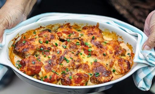 طرز تهیه گراتن سوسیس و بادمجان