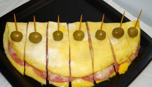 املت با ژامبون و پنیر